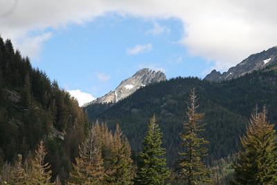 8-01-08 Mt Maude and 7 Finger Jack