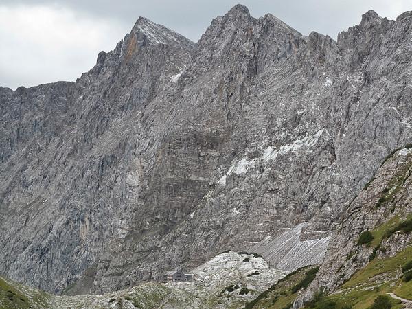 Lamsenjoch Hutte