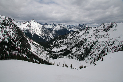 Spring Skiing in the N. Cascades 5/08