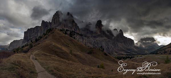 Passo Gardena Pass