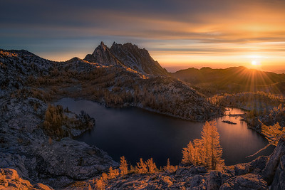 The first sunlight of the day in The Enchantments - Washington
