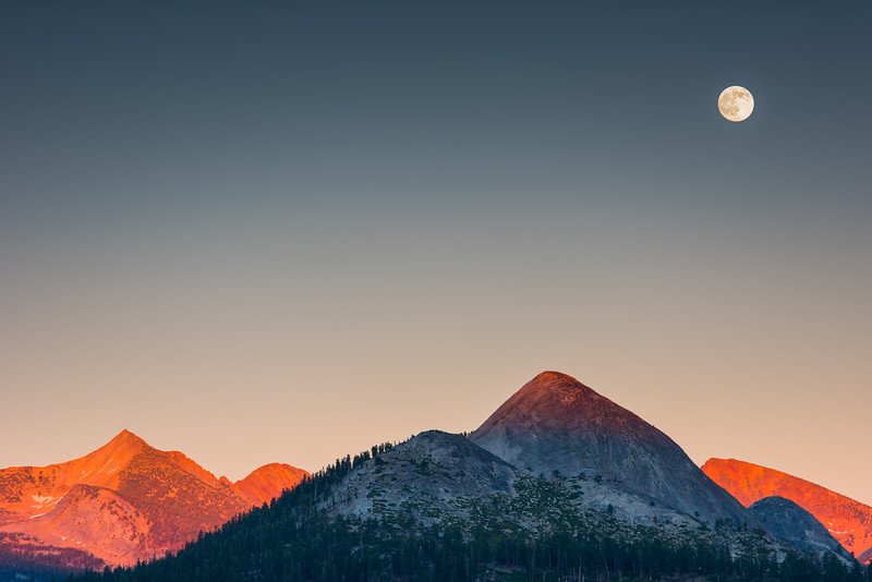 Moon Rise in Yosemite