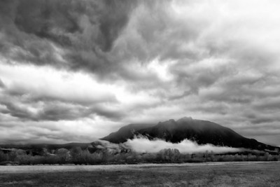 Clouds around Mount Si
