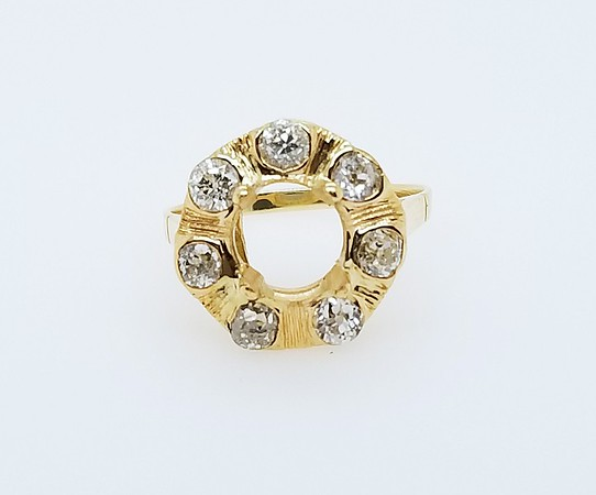 Antique Yellow Gold Halo Mounting