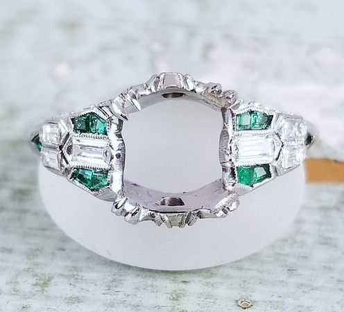 Vintage Emerald and Diamond Solitaire Mounting