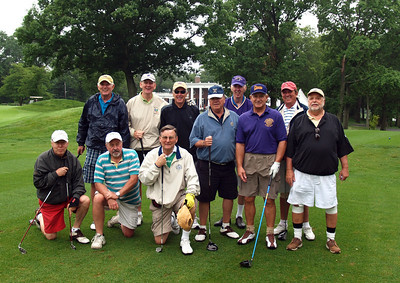 On the 1st Tee at Pelham GC, Doyle, Dwyer, O'Keefe, Collins, Gay, Croke, Zuppe, Minton, Lynch, Bennett, Hunter