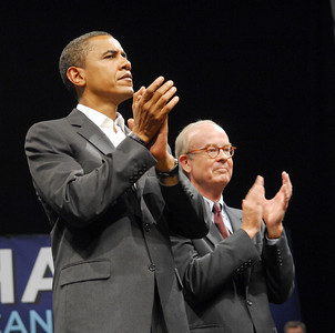 Photo Earl Neikirk/Bristol Herald Courier  Barack Obama and US Congressman Rick Boucher during Lebanon Rally.