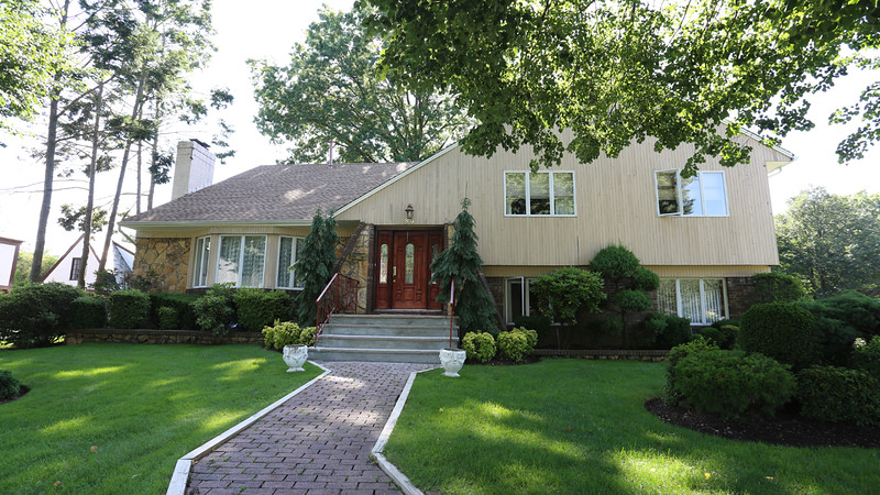 Luxurious single family House for Sale, Garden City, New York