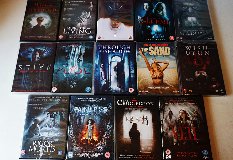 """Check out  <a href=""""http://www.horrorghouls.com"""">http://www.horrorghouls.com</a> for upcoming reviews!"""