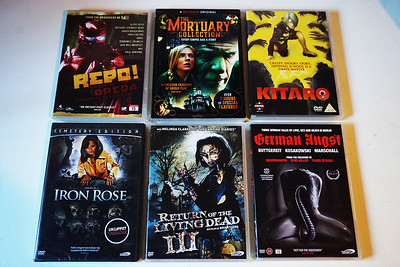 Check out www.horrorghouls.com for upcoming reviews!