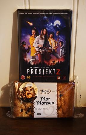 HorrorGhouls' review of Prosjekt Z: https://horrorghouls.com/reviews/prosjekt-z-2021/