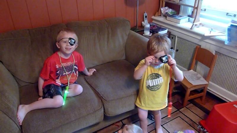 2011 - 06/12 - Elliott and Soren as pirates