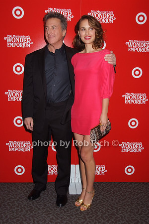 Dustin Hoffman, Natalie Portman