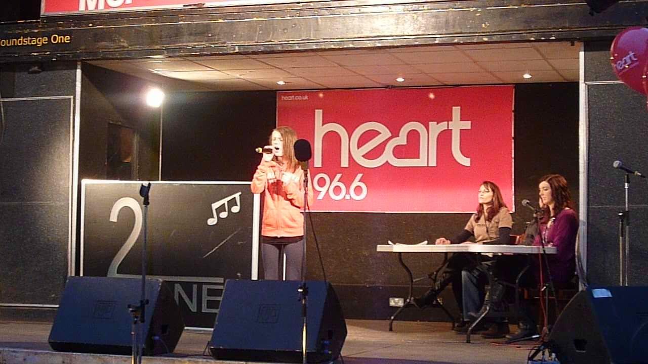 impressive singing Hemel Nov 2010