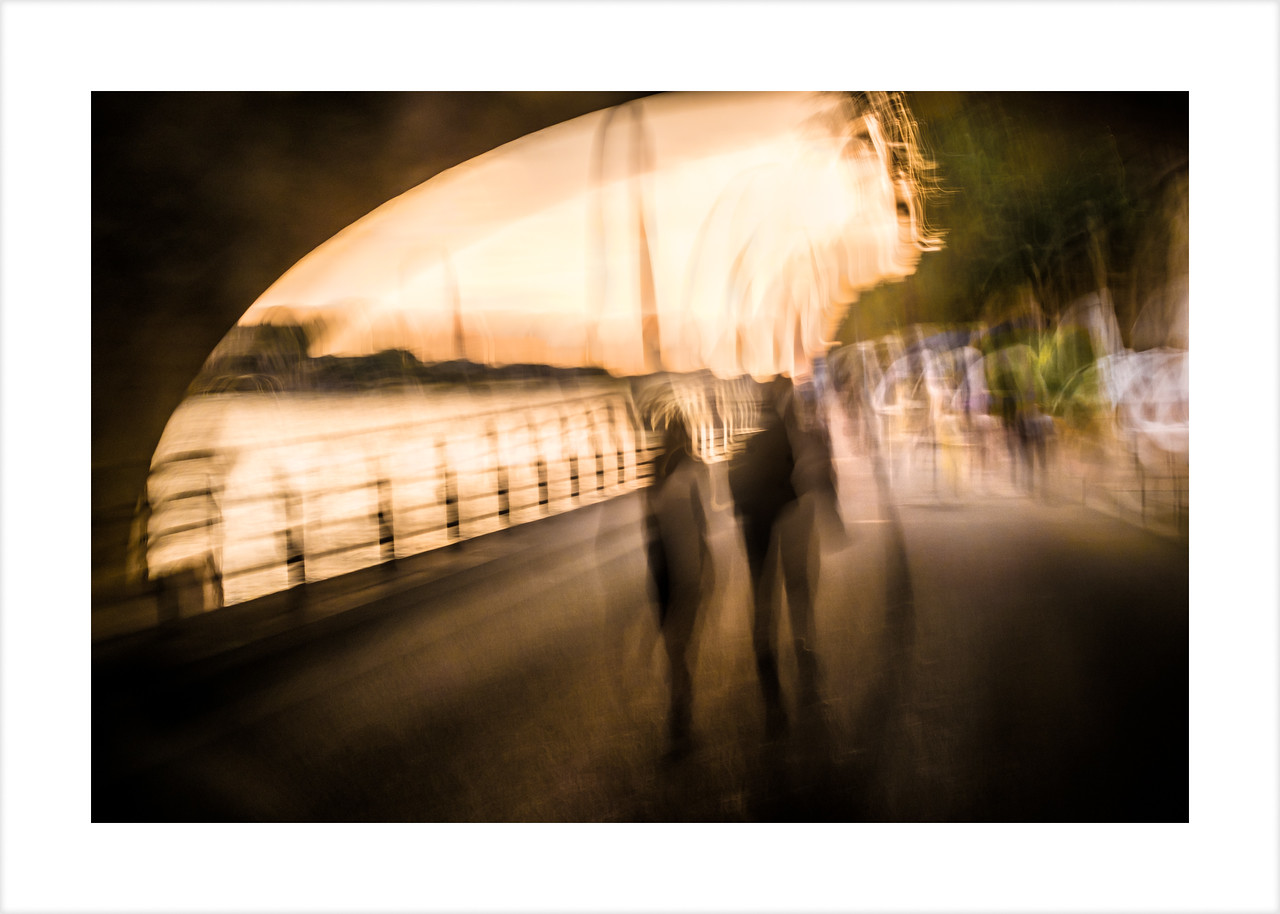 Paris Walkers 6