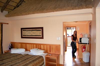 Chalet - Bedroom/Lounge (3)