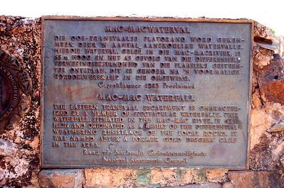 Mac Mac Falls Sign