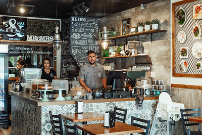 Mr. & Mrs.Bun Peruvian Sandwich Restaurant