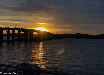 Sunset, Tuas border
