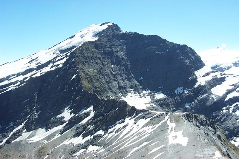 2003-02 (East Matukituki circuit of Aspiring Flat, Rainbow Stream, Sisyphus Peak, Ruth Flat & Bledisloe Gorge)