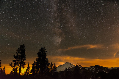 Milky Way off Mt Baker.