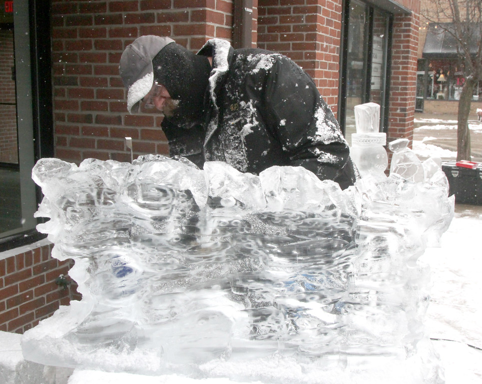 photos mount clemens ice carving macomb daily media center