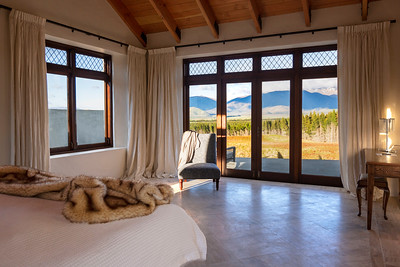 Moraine Villa Bedroom