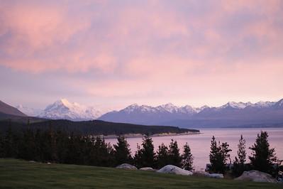 Views to Aoraki - Mt Cook - Mt Cook Lakeside Retreat