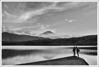 Chloe and Ray at Lake Sai