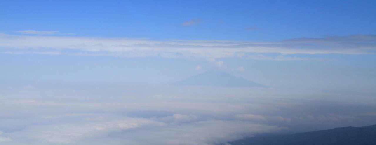Good morning from our neighbour, Mount Meru :)