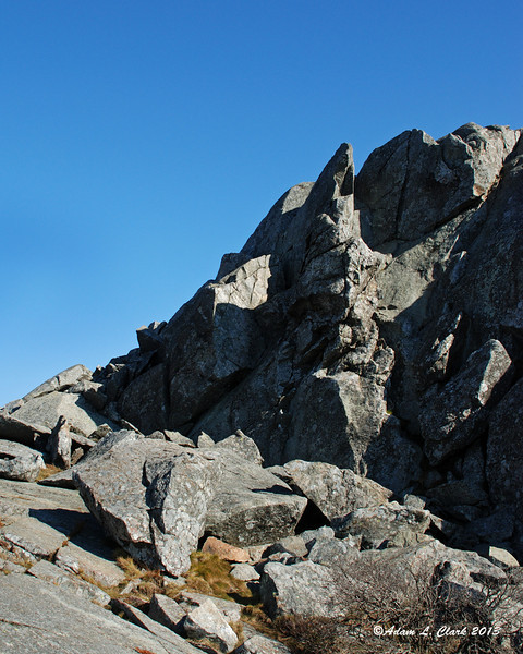 Steep rocks next to the trail