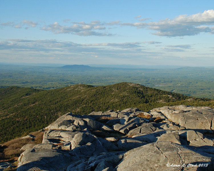 Crotched Mtn behind Pumpelly Ridge