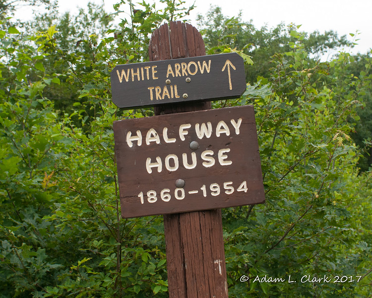 There is a new sign for the White Arrow Trail since the last time I have been here