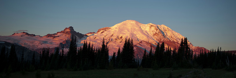Dawn on Mt Rainier