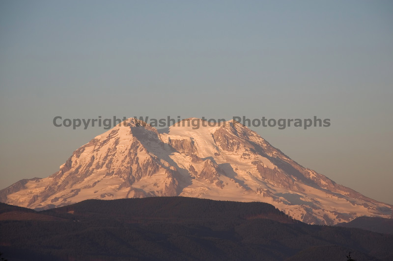 Mt Rainier from Eatonville 2