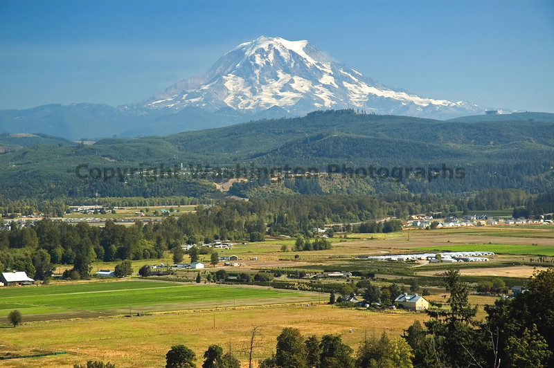 Mt Rainier from Puyallup 06