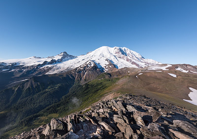 Up close and personal with Mt Rainier on the Second Burroughs trail