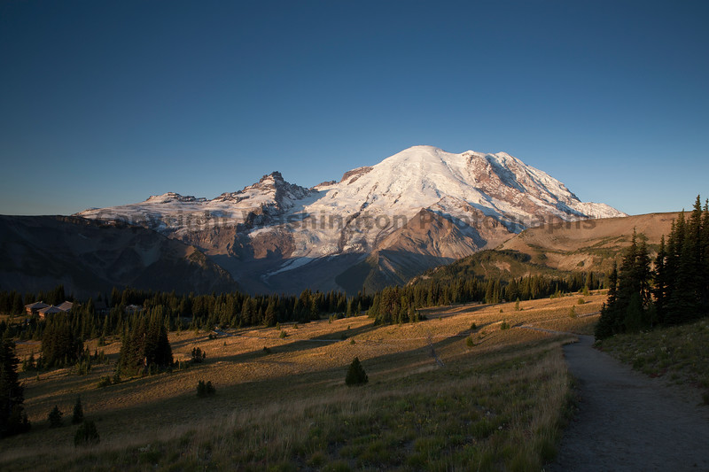 Mt Rainier Sunrise Autumn 104