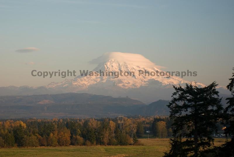 Mt Rainier from Graham 01