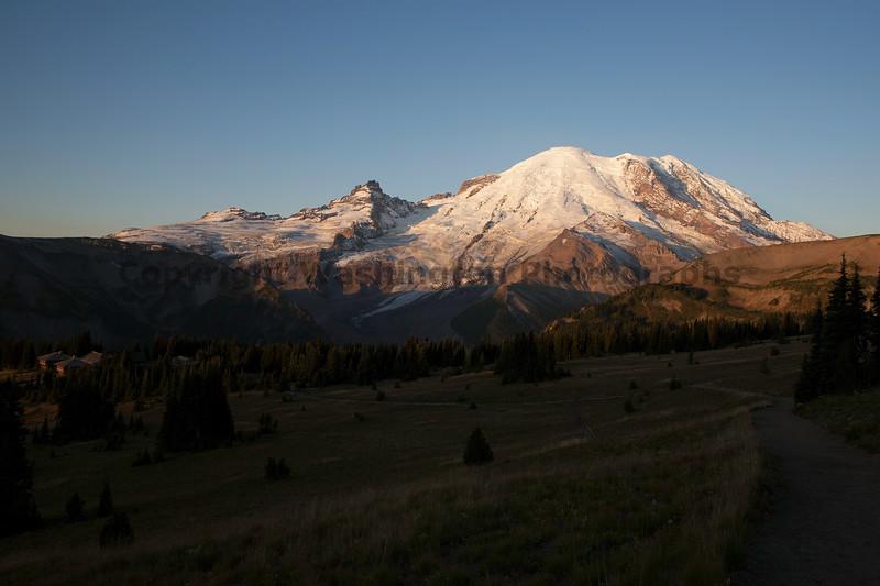 Mt Rainier Sunrise Autumn 102