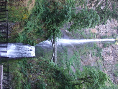 Day 3 begins along the Columbia River at famous Multnomah Falls.