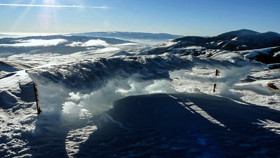 The overlook is an ice sculpture. The Almo-Elba highway lies beyond and below.