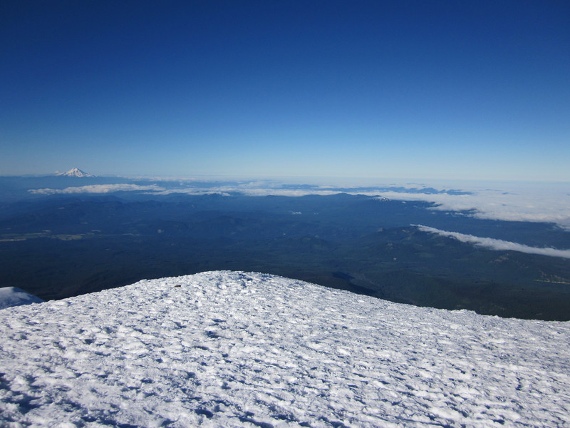 Trying to get Helens and Hood in the same shot. Can't make it work…