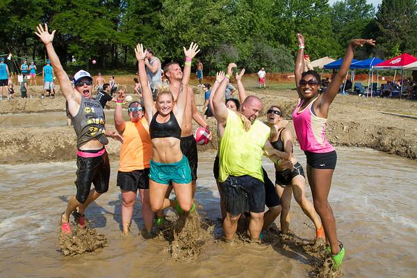 Mud Volleyball-4383x