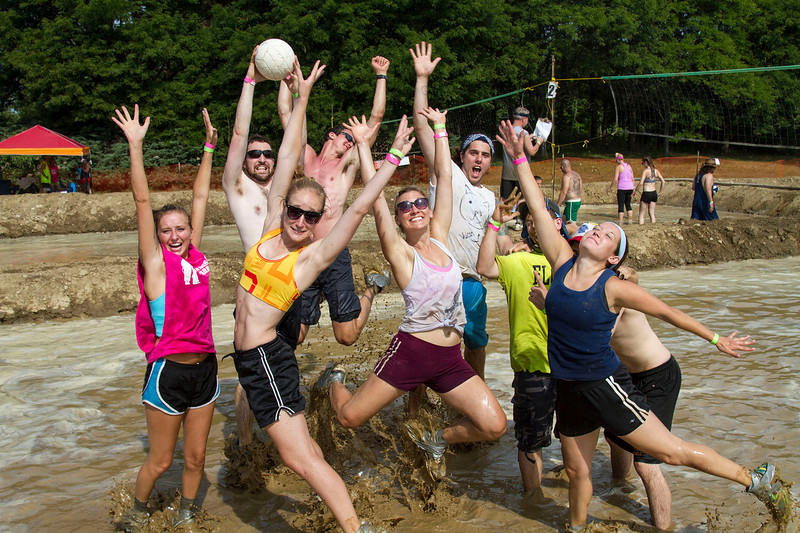 Mud Volleyball-4453x