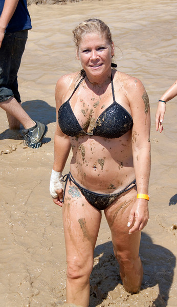 Mud Volleyball-9736a
