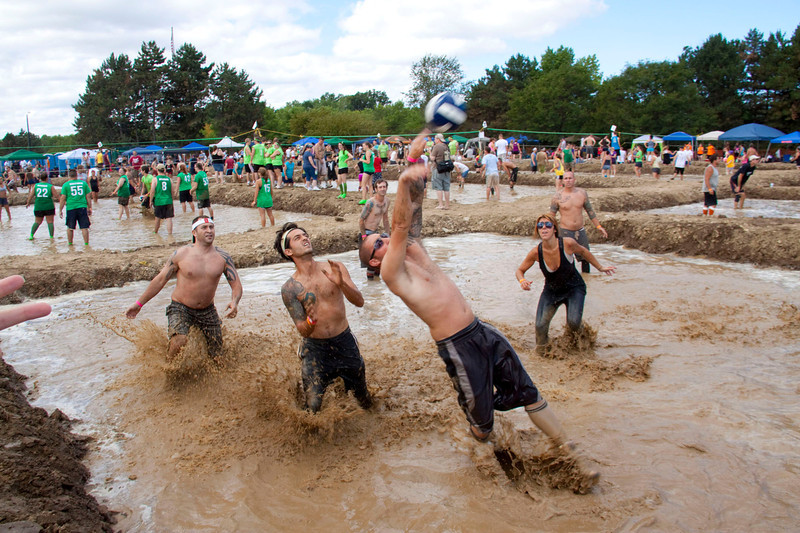 Mud Volleyball-9318a