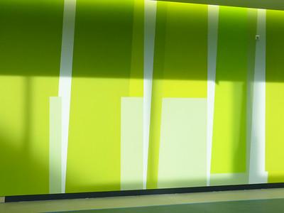 Farbwand Erdgeschoss mittlerer Bereich. Foto: Burghard Müller-Dannhausen