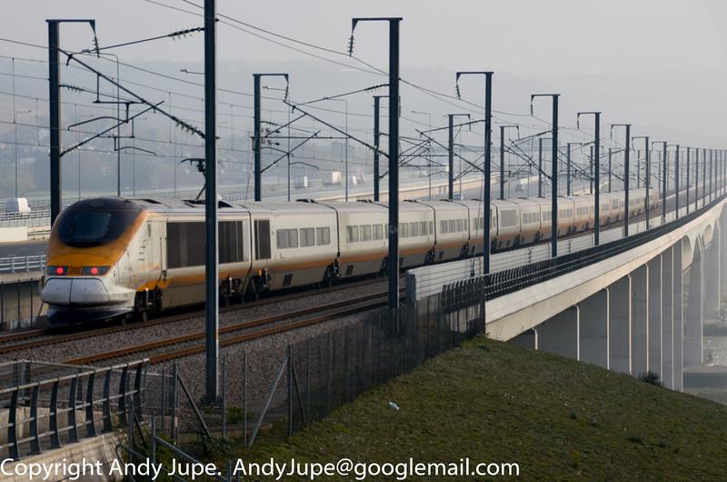 373012_3012_c_Medway_Viaduct_GB_15112011