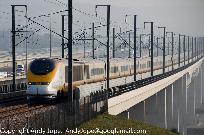 373006_3006_c_Medway_Viaduct_GB_15112011